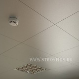 Металлический кассетный потолок с кассетой 600х600мм Cesal 3313 Металлик серебристый (закрытая система)