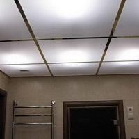 Потолок из пескоструйных стёкол 600х600мм