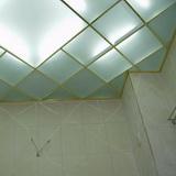 Потолок из пескоструйных стёкол 300х300мм